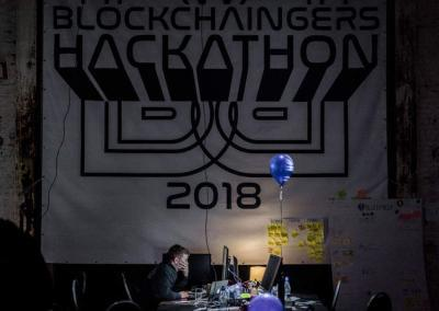 Blockchaingers Hackathon 2018 programming